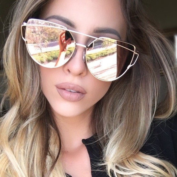 6a218942742a Cat Eye Oversized Mirrored Sunglasses Pink Gold.